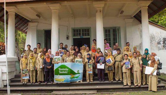 Workshop promoting environmental education