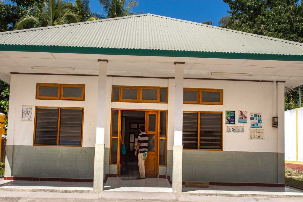 Vila is the centre in Atauro island and home to the main Maternity clinic. New building and nice furniture but general lack of medical equipment. This is one of the problems we encounter in East Timor regularly.