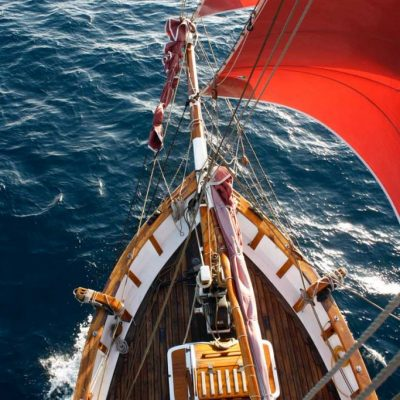 Historic Vessel Vega sailing off to the next island.